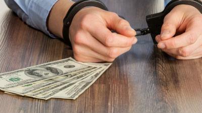 Наказание за валютные спекуляции может стать уголовным