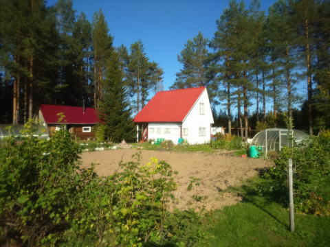 Срочно продается шикарный дом для рыбака и охотника в пограничной зоне Карелии, г. Костомукша.