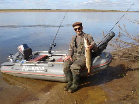 Продам лодку ПВХ Форель H 300(риб). б/у