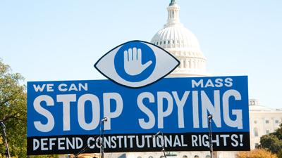 Сноуден: спецслужбы США анализировали 200 млн SMS в день