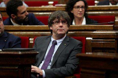 Власти Испании грозят арестовать главу правительства Каталонии за подготовку к референдуму