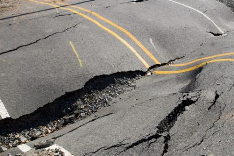 Чиновников предлагают сажать за ДТП из-за плохих дорог