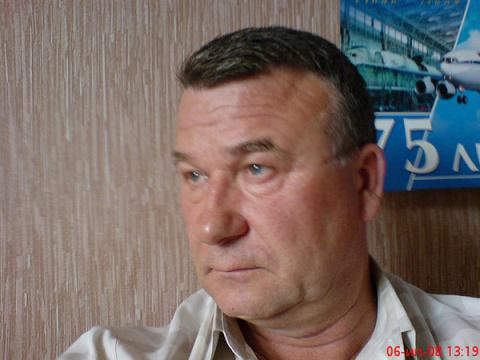 Владимир Комиссаров