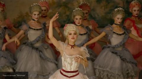 """32 фуэте: будущие балерины Петербурга и Перми продолжили """"флешмоб"""" в поддержку фильма """"Матильда"""""""
