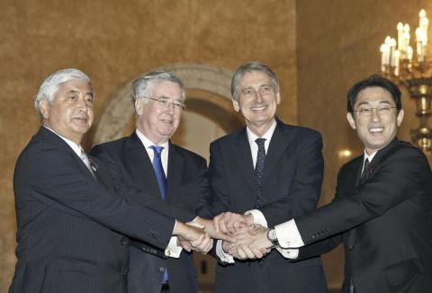 Япония и Великобритания договорились укреплять связи в сфере безопасности