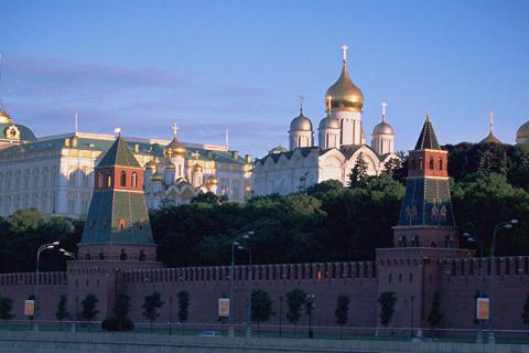 Кремль напомнил о праве применить силу