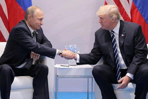 В Белом доме рассказали, что Трамп верит Путину и готов сотрудничать с Россией