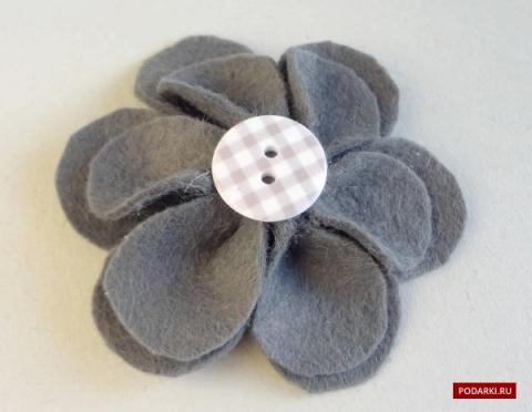 Цветок изфетра