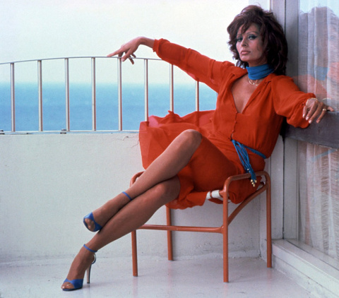 5 секретов красоты Софи Лорен! Сегодня - 20 сентября актрисе исполняется  81 год!)
