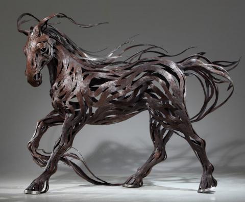 Невероятно динамичные скульптуры животных из металлических полос от Сон Хун Кана