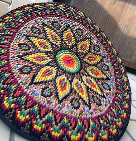 Красивые круглые коврики из уголков