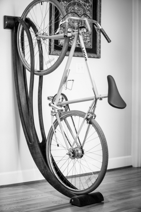 Элегантное крепление для велосипеда