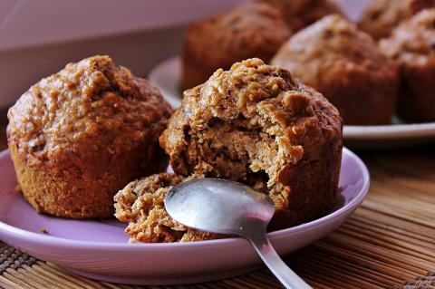 Кексы из овсяных хлопьев - вкусное и полезное лакомство!