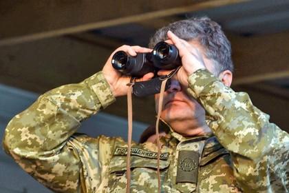 Порошенко отказался отмечать 23 февраля