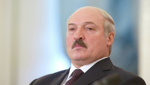 ЕС временно снимет санкции с Лукашенко.