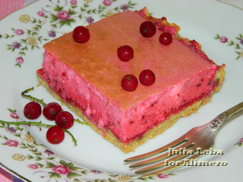 Пирог с нежным суфле из крас…