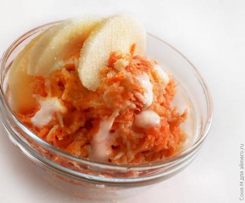 """Морковно-яблочный салат """"Здоровье"""""""