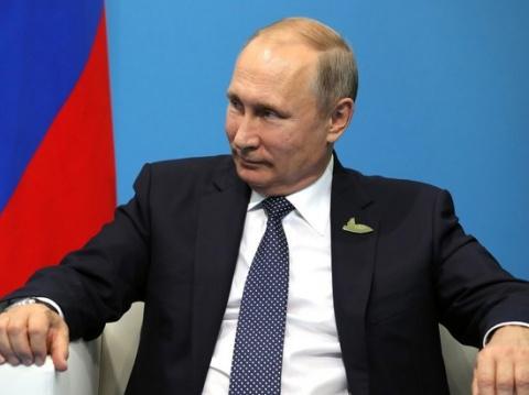 Почему в борьбе с Америкой Путин использует методы Горбачева
