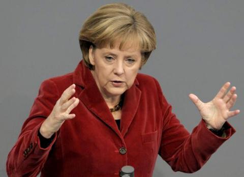 Немцы советуют Меркель пригласить Россию на саммит G7