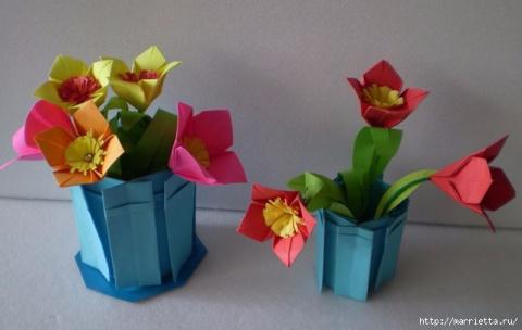 Бумажные цветы в горшочках в…