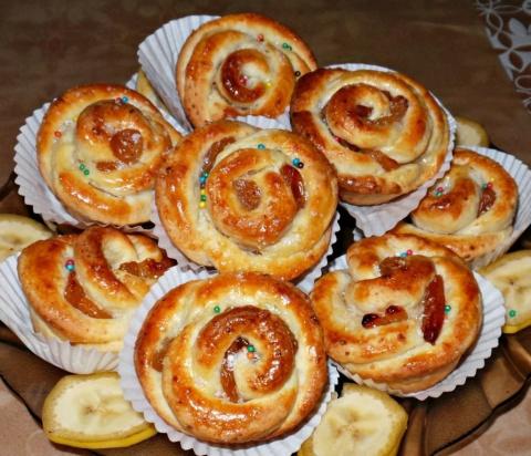 Творожное-мини булочки с изюмом Розочки