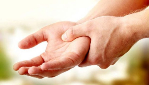 Частое онемение рук может бы…