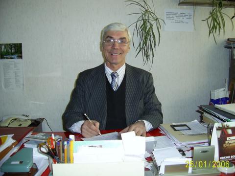 Владимир Васильевич Комаров