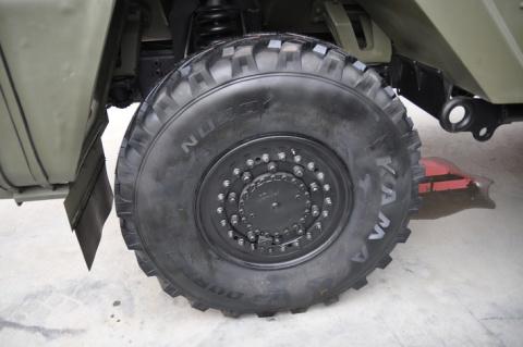 Производство покрышек для отечественной бронетехники.