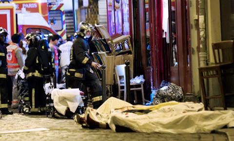 Путин назвал теракты в Париж…