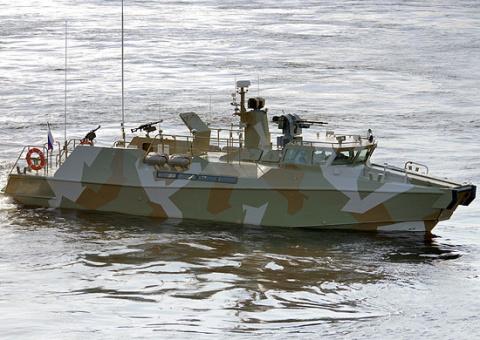 Российский «Раптор» против американской скоростной лодки: гонки в море