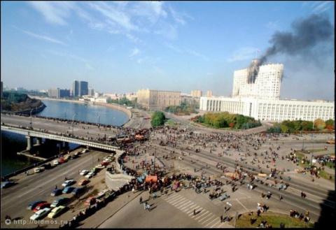 22 года назад в Москве расстреляли демократию