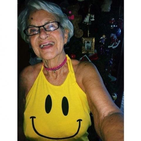 Звезда интернета - 86-летняя…