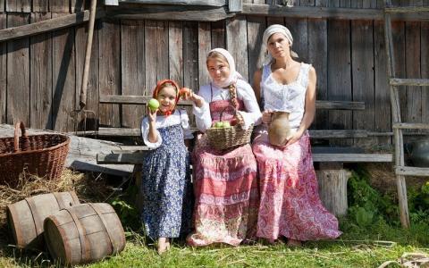 Как крестьяне на Руси детей …