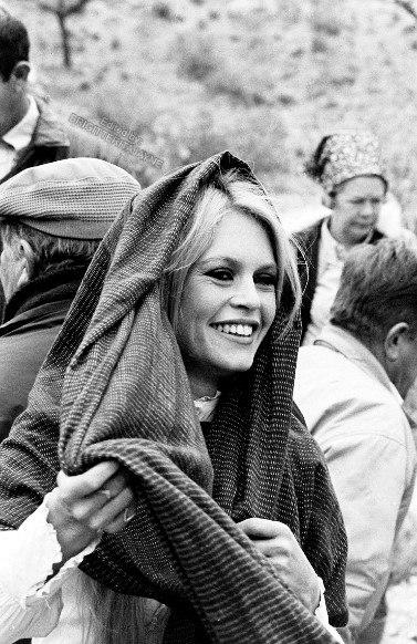 """Бриджит Бардо на съемках """"Шалако"""", 1968 год."""