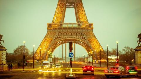Франция призывает собрать эк…