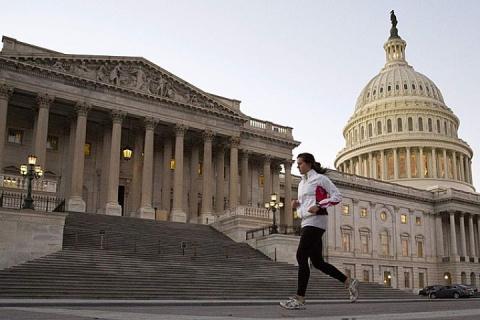 Сенат США одобрил возобновление финансирования работы правительства