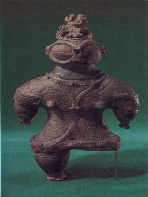 Какую тайну хранят статуэтки догу?