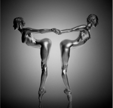 Грациозные живые статуи Guido Argentini