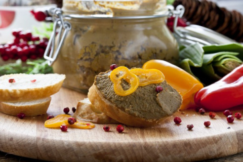 Рецепты на Новый год: Паштет из печени с овощами