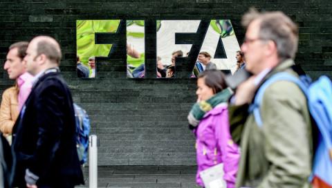 """NI: Путин показал США """"красную карточку"""" в скандале вокруг ФИФА"""