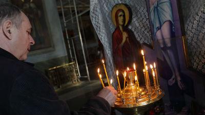 В России суд впервые обязал ответчика молиться в счет оплаты долга