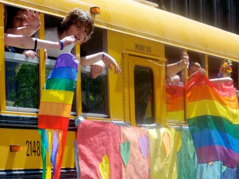 В АМЕРИКЕ ОТКРЫЛАСЬ ЛГБТ-ШКО…
