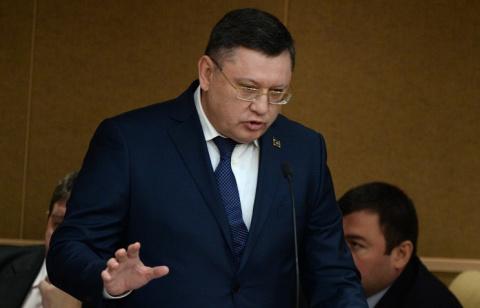 МВД РФ: в России действуют около 90 националистиче-<br />ских и экстремист-<br />ских группировок