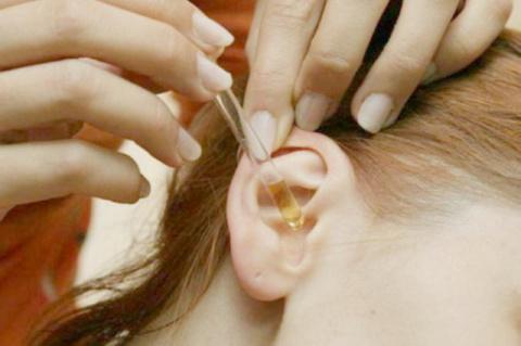 Серные пробки в ушах удалить…
