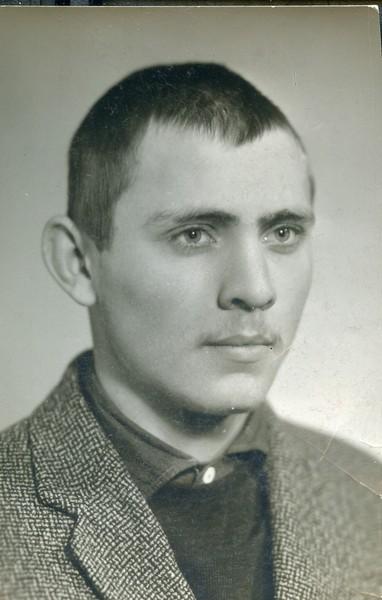 Анатолий Могильный