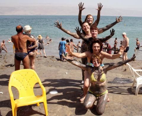 Партнеры компании Валери Элит на берегу МЕртвого моря 2012