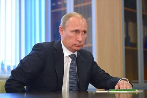Путин: Санкции должны вводиться против зачинщиков госпереворота