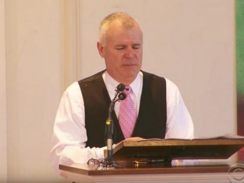 Отец сказал речь на похорона…
