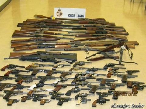 Как прячут оружие в Северной…