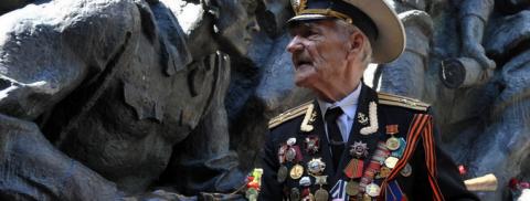 Украинский ветеран Великой Отечественной: 9 мая пойдем по Крещатику под Красным знаменем, пусть в нас стреляют